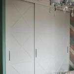 Шкаф с фасадами из крашеного MDF